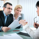 Regroupement de prêts ou rachat de crédit : quelle solution choisir ?